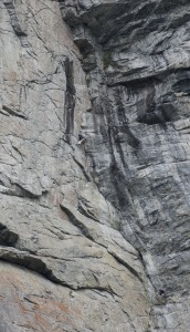Gråveggen, Eresfjord